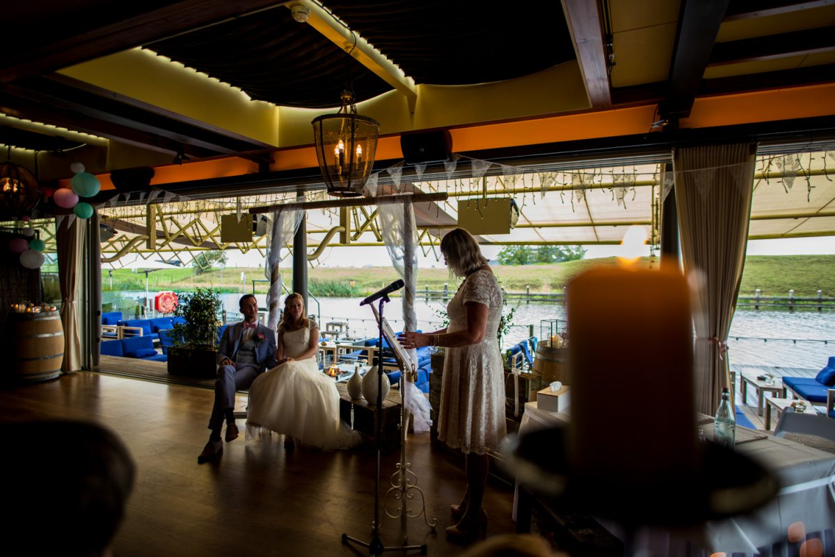 Annemarie en Bram - Bruiloft bij Garnwerd aan Zee - trouwfotografie door Ana