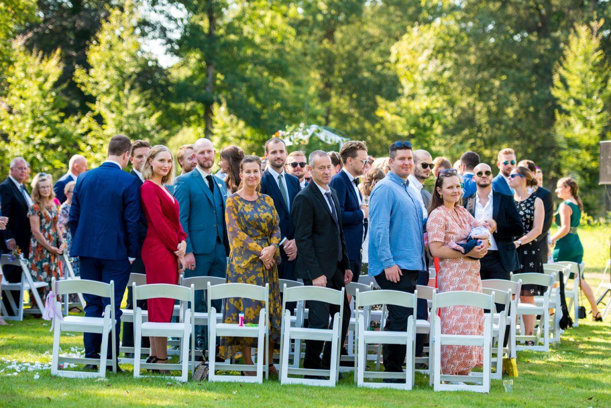 Elvera en Lasse - Trouwen bij Landgoed Nienoord - trouwfotografie door Ana