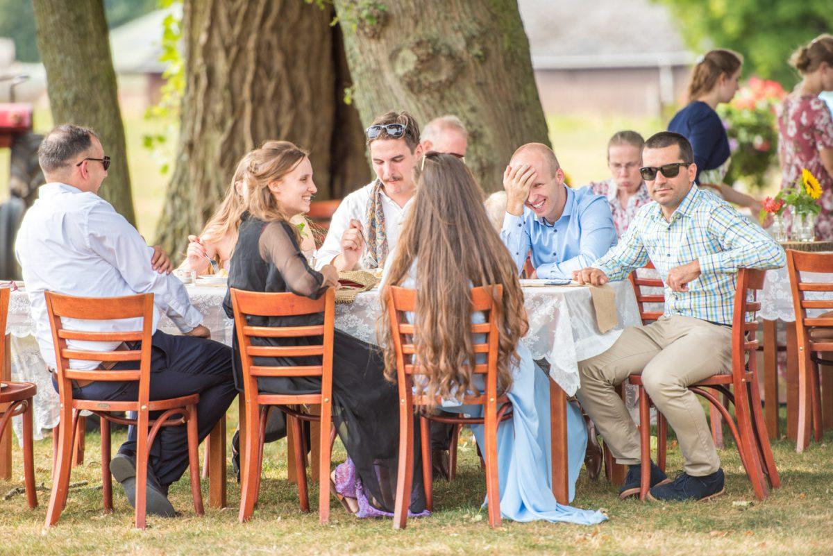 Maria en Durk - bruiloft bij Boerderijcafé Mausel - trouwfotografie door Ana